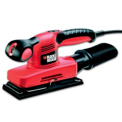 BLACK&DECKER Ponceuse vibrante